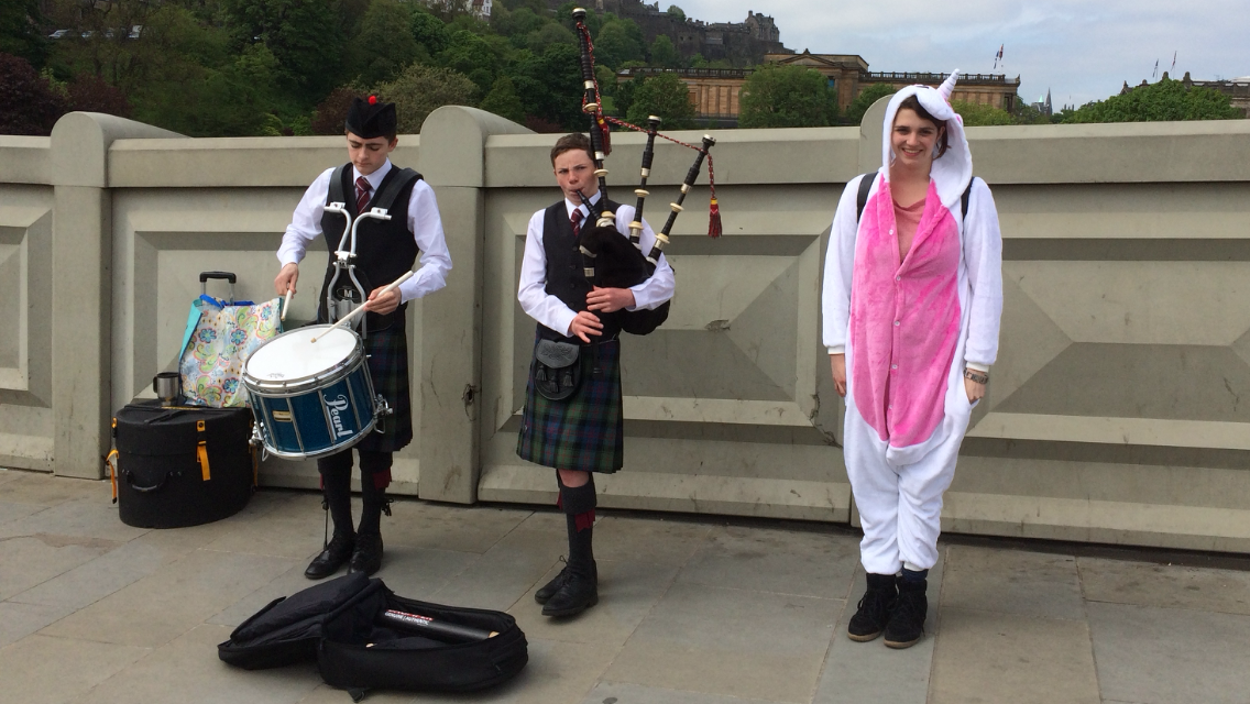 Image: Unicorn Club with bagpipes and drums